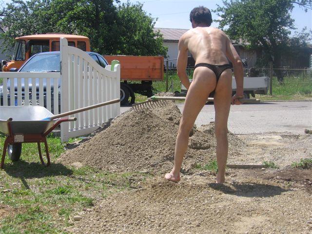 thong bikini Baustelle