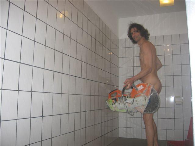 bikinimode Durch die Wand