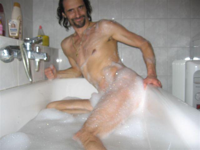 H�schen Im Bad
