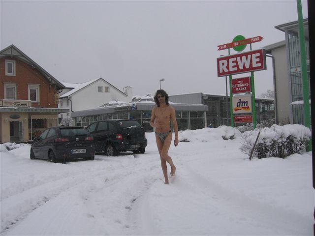 micro Im Schnee