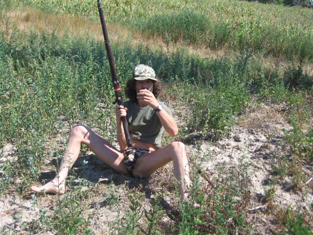 tiny bikini Jagd