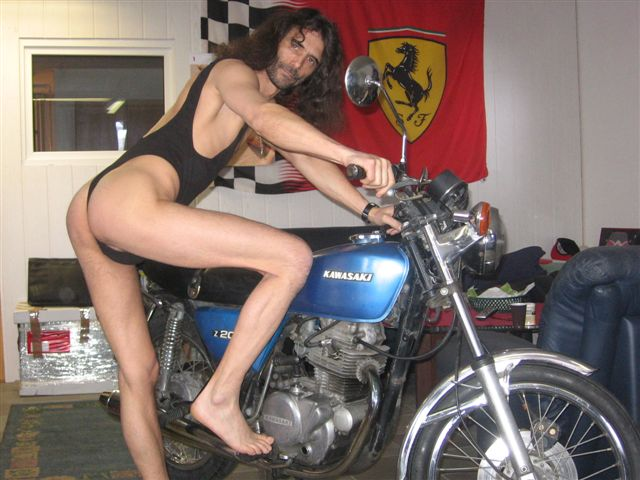 bikini models Motorrad