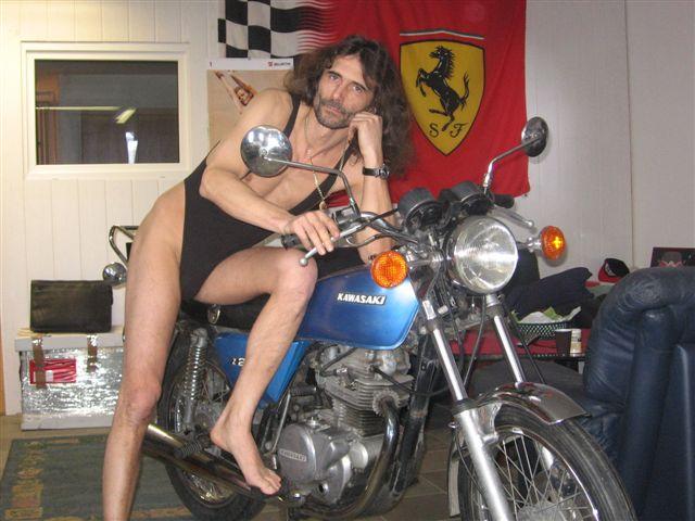 Superministringbikini Motorrad