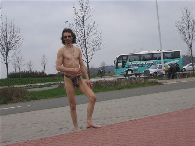 Tanga Parkplatz 2007
