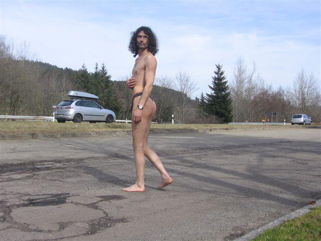 thong bikini Parkplatz 2008