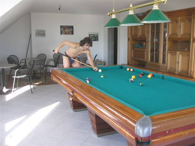 string Snooker