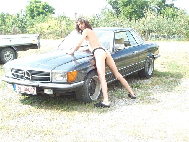 bikinimode Sportwagen
