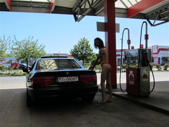 density Tankstelle