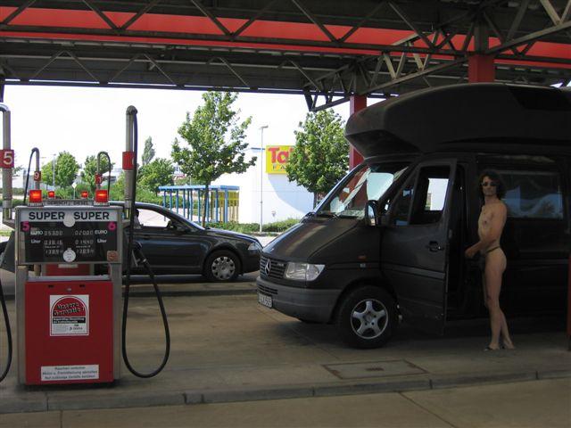 hot Tankstelle
