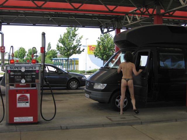 Inbound Tankstelle