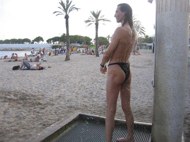 tiny bikini Urlaub 2010
