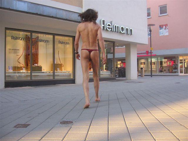 bikini Index Tour/Friedrichshafen
