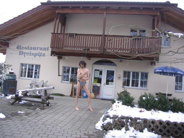 bikini models Tour/In der Schweiz