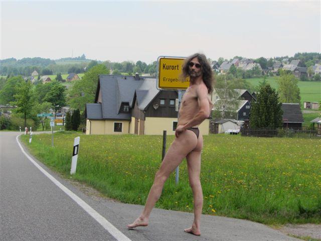 Superministringbikini Tour/Seiffen