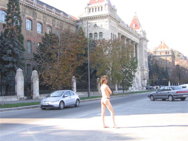 Dessous Tour/Ungarn
